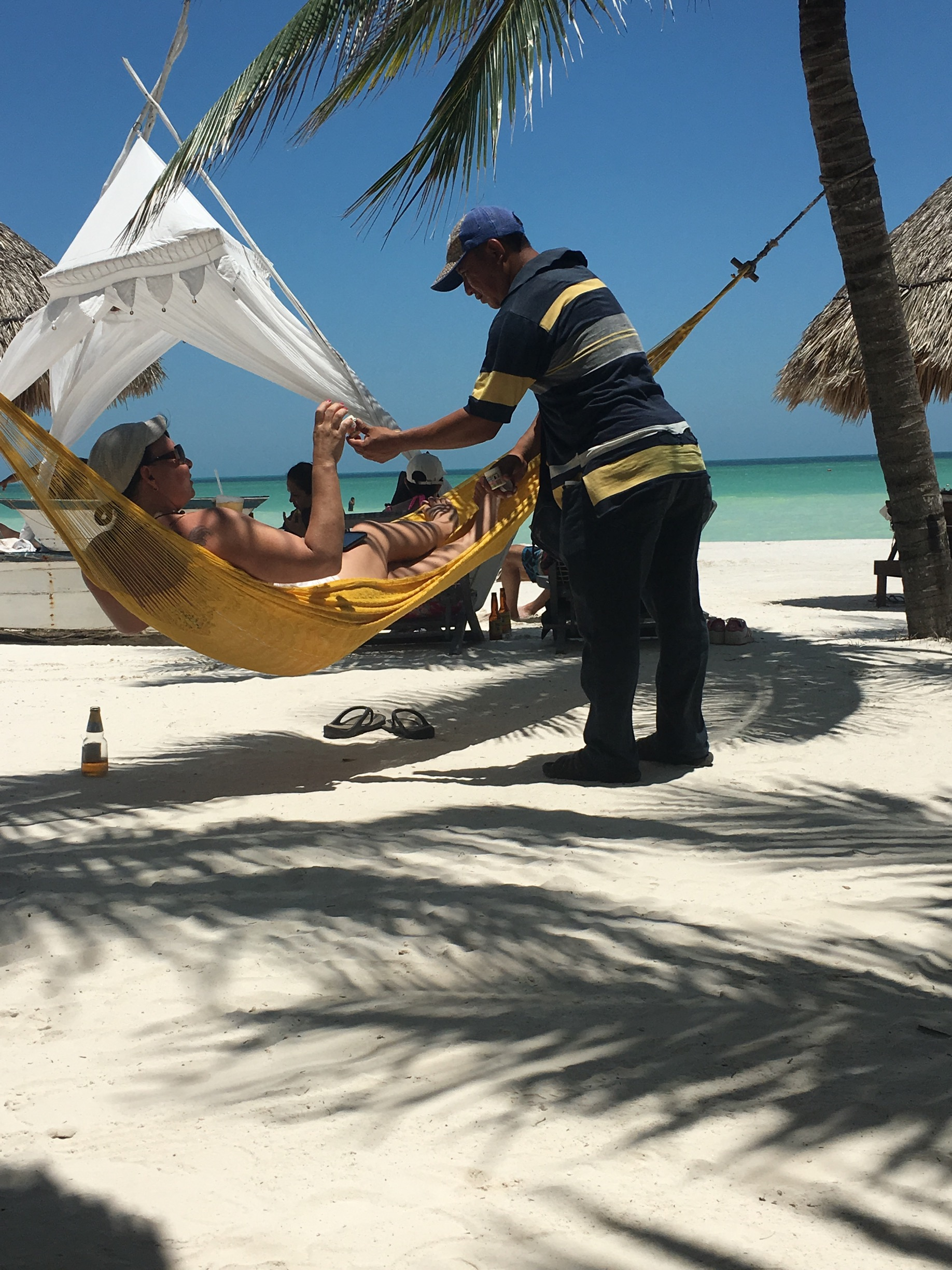 Salesman on Holbox beach